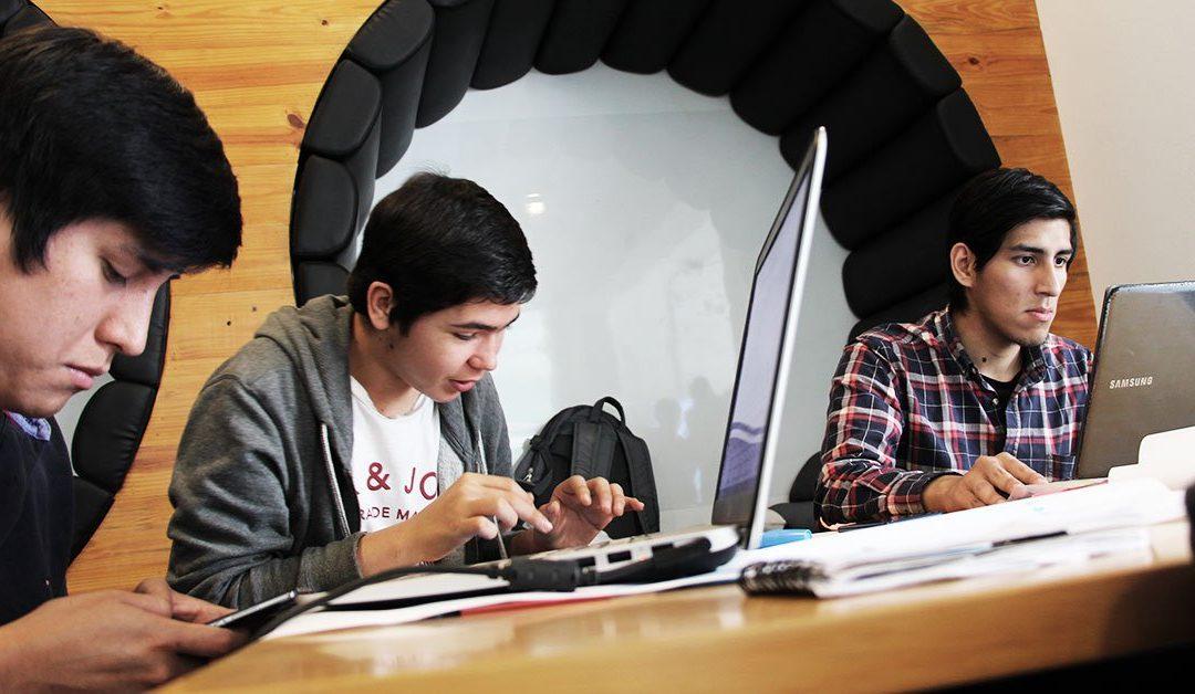 Aprender con casos reales, #24HourChallenge en Team Academy Perú